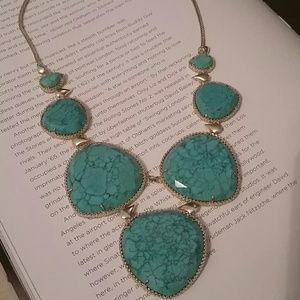 Kendra Scott Rebecca turquoise bib necklace